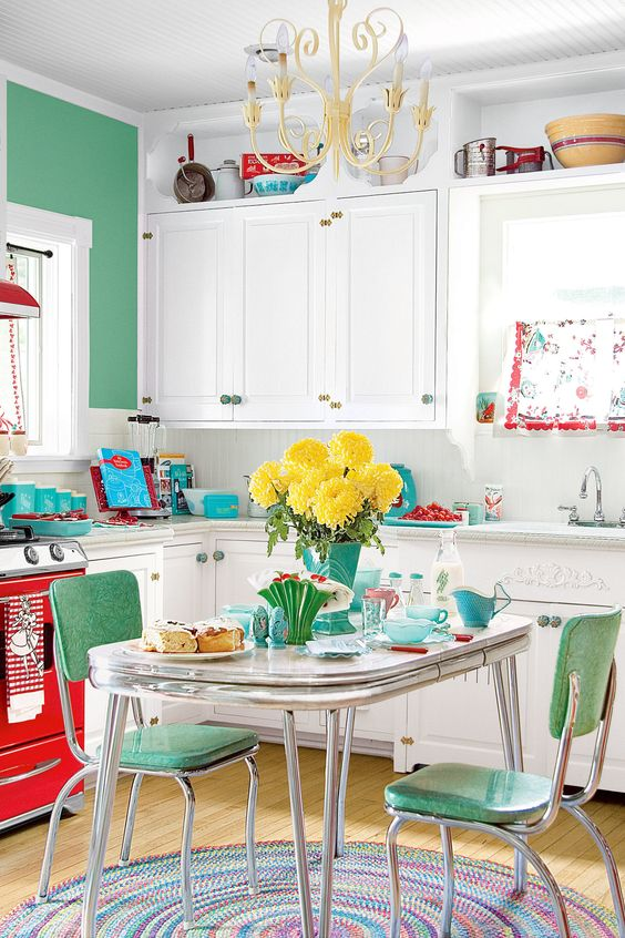 colorful vintage style decorating ideas