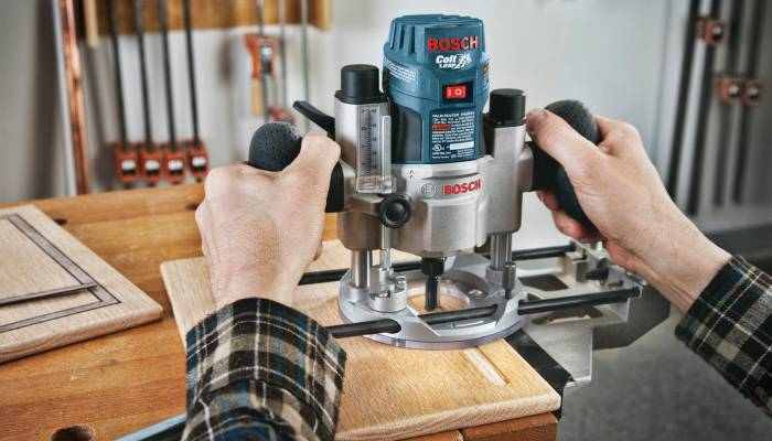 safety tips for a woodworking router