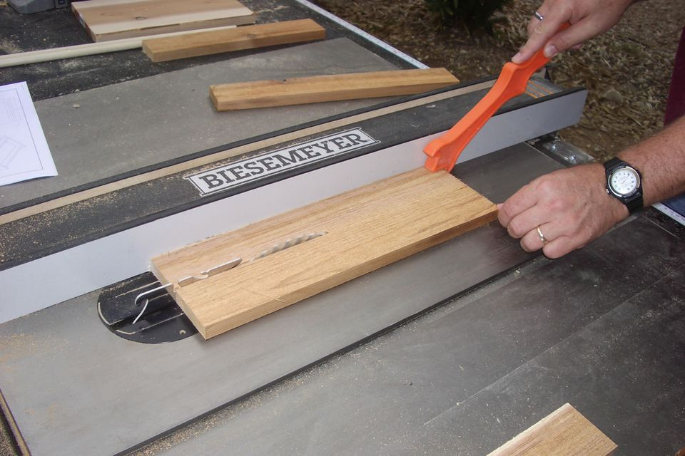 tips for buying a table saw how to