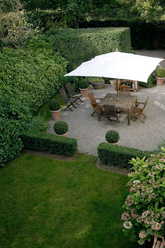 pretty landscaping ideas formal backyard